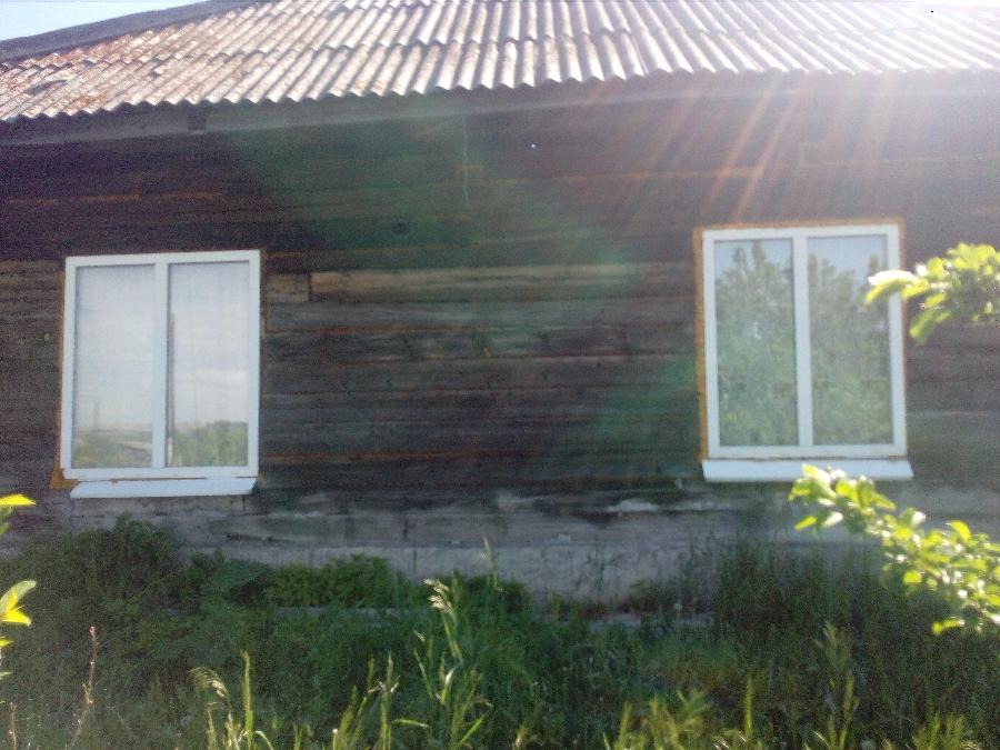 Дом в деревне Новодубровка